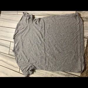Men's gray shirt